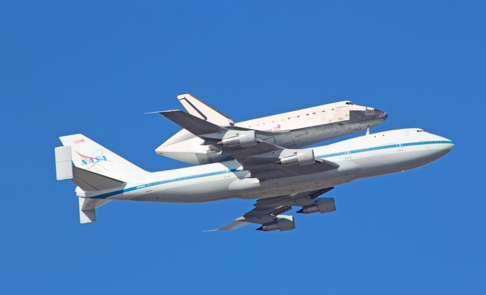 Space shuttle flies over sacramento this morning jeff for Sac bee fishing report