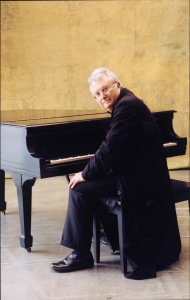 Singer-songwriter Randy Newman performing in Grass Valley on June 26